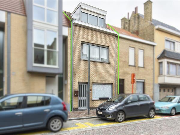 Leuke en bijzonder ruime gezinswoning nabij het centrum van Nieuwpoort