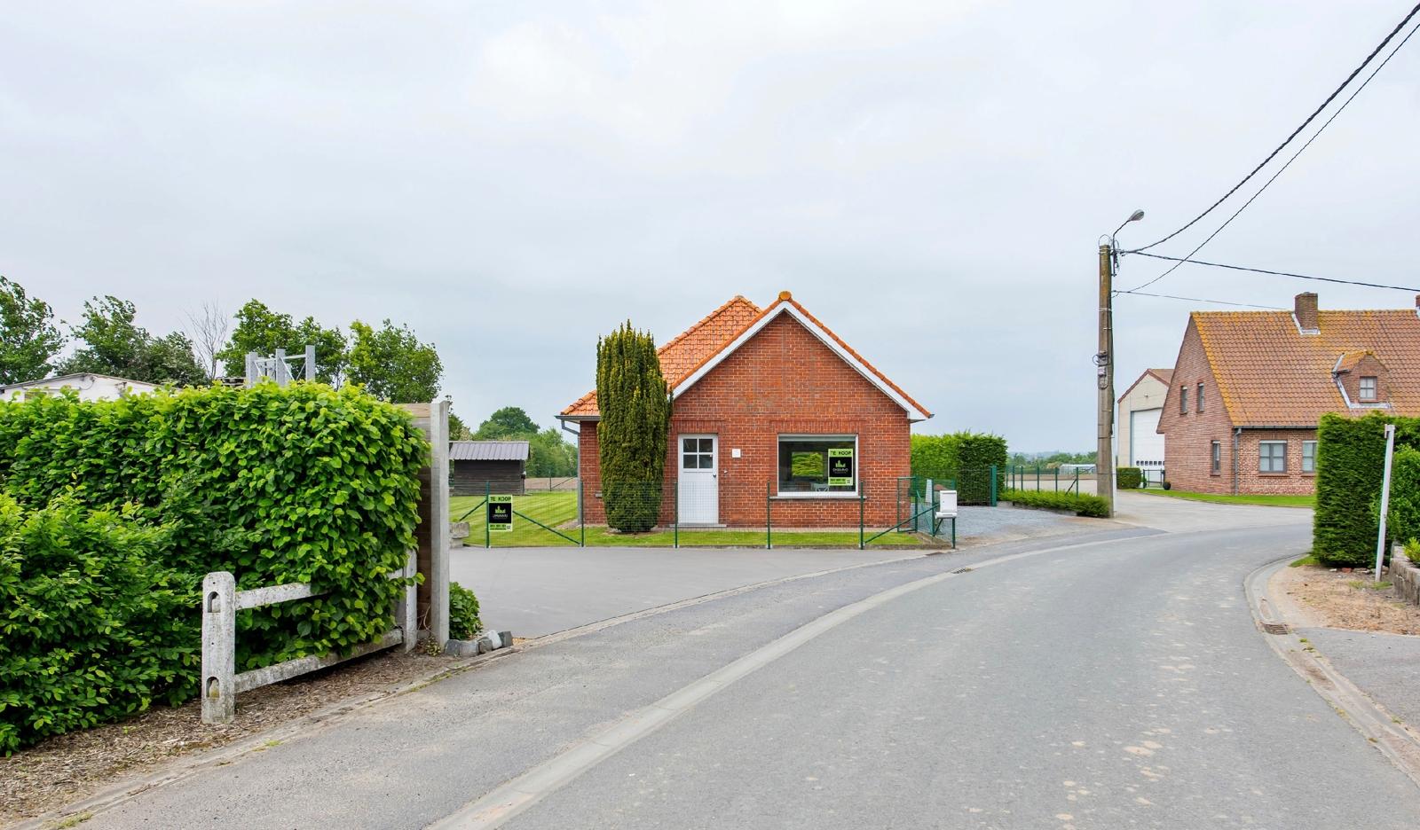 Landelijk gelegen & instapklare gelijkvloerse woning