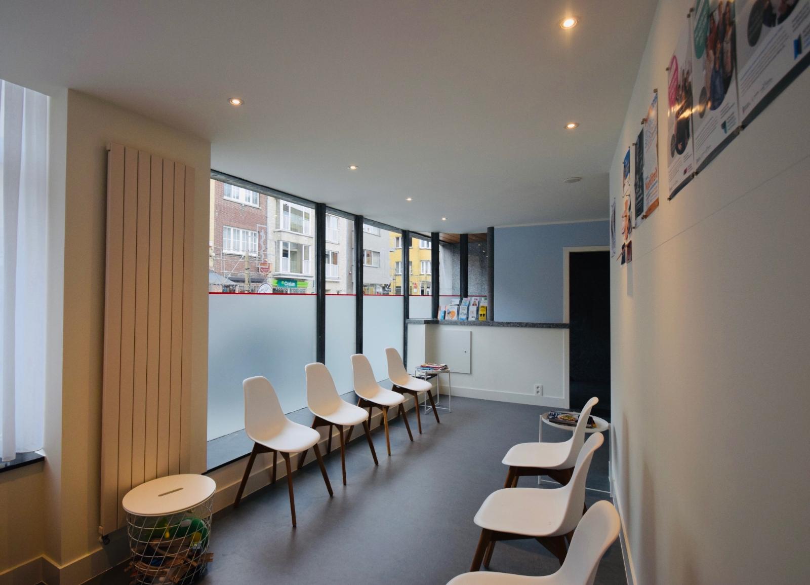 Praktijk- of kantoorruimte te huur in het centrum van Diksmuide. - 4