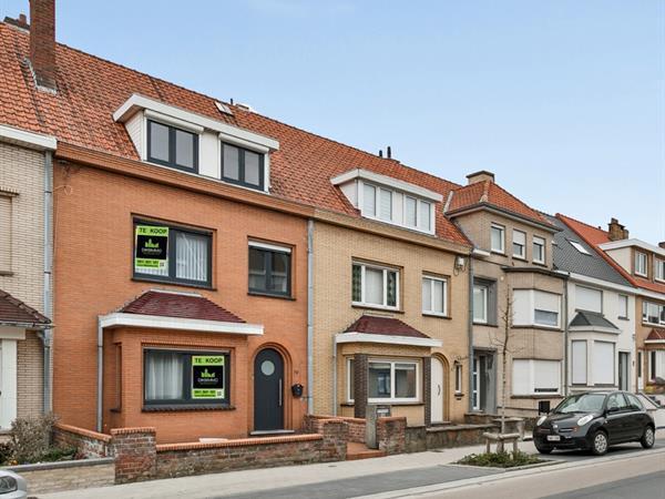 Ruime en instapklare woning nabij centrum De Panne