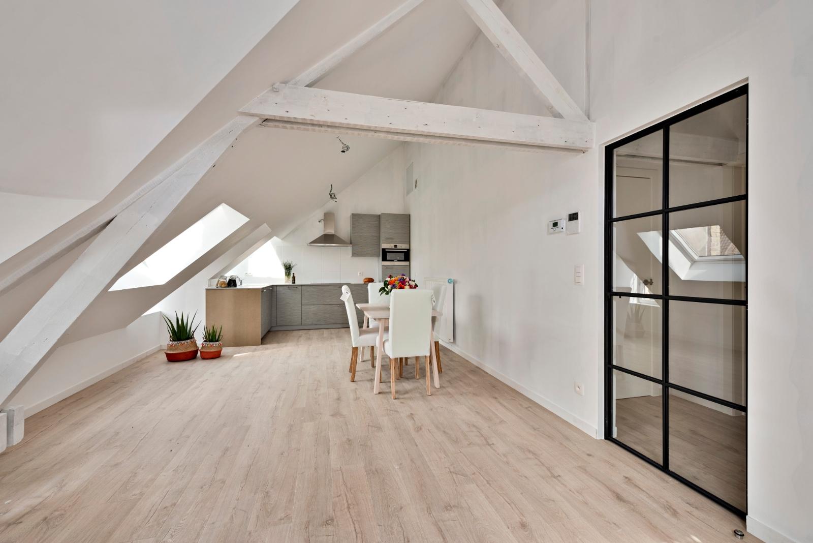 Volledig gerenoveerd appartement op centrale ligging - 3