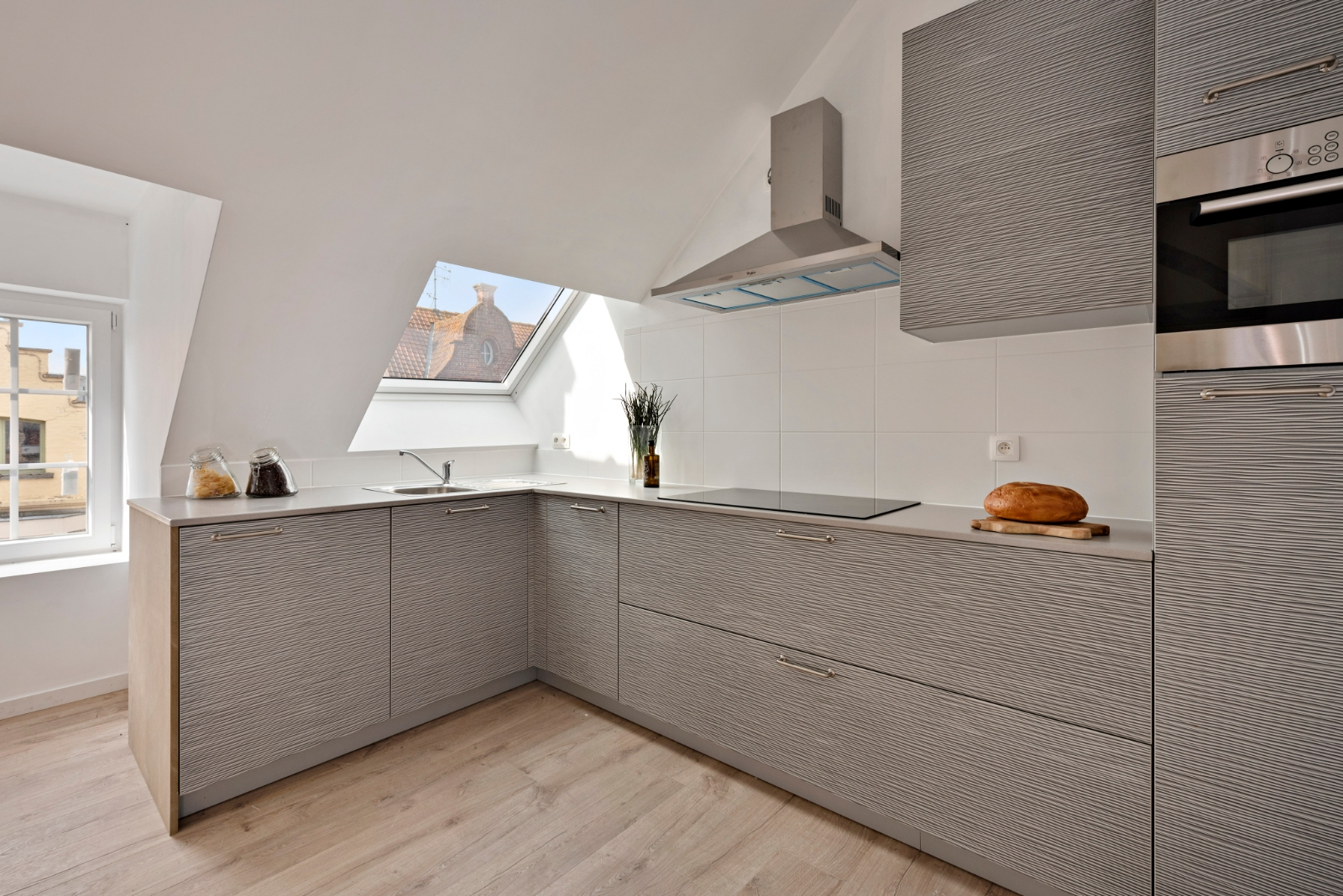 Volledig gerenoveerd appartement op centrale ligging - 4