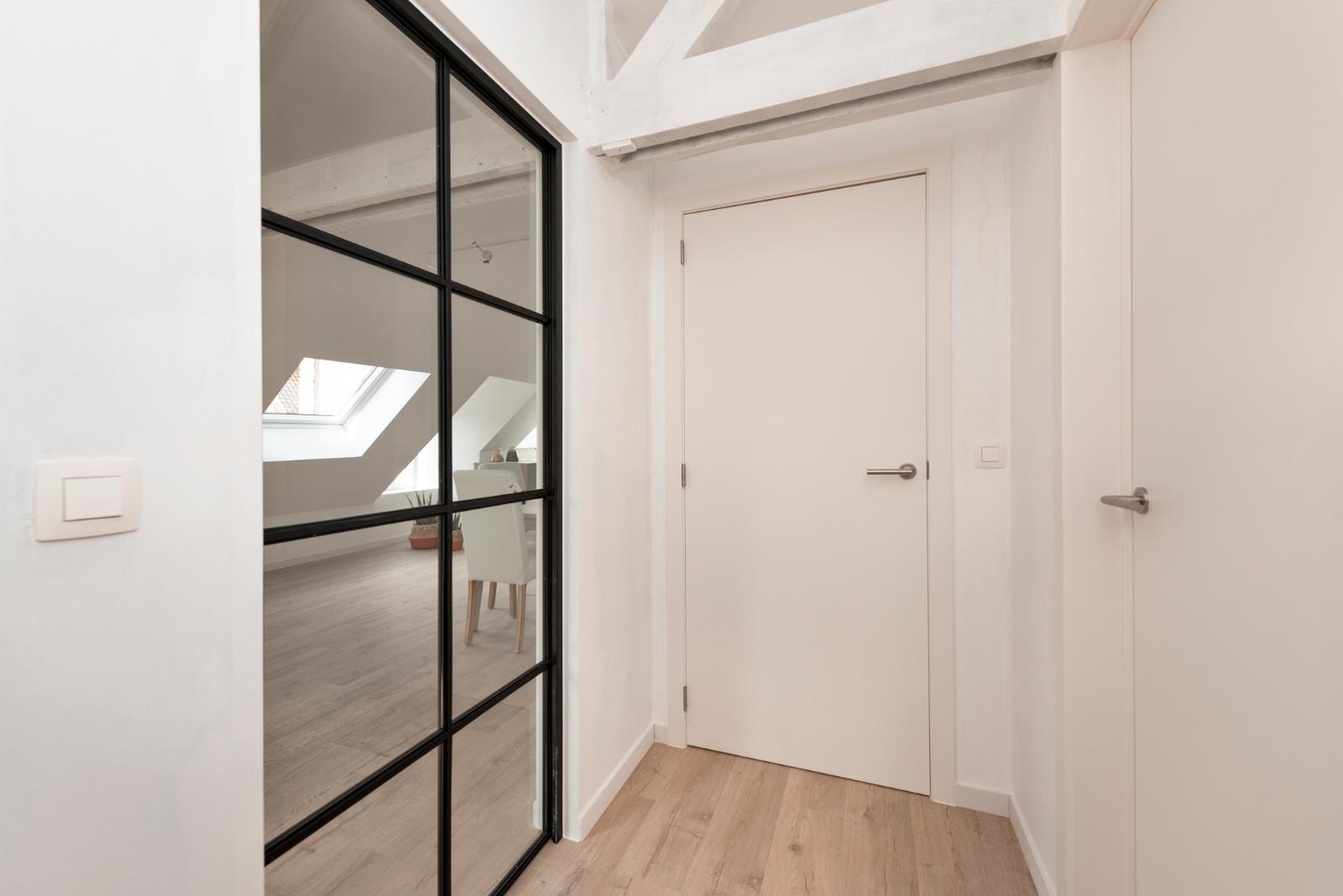 Volledig gerenoveerd appartement op centrale ligging - 11