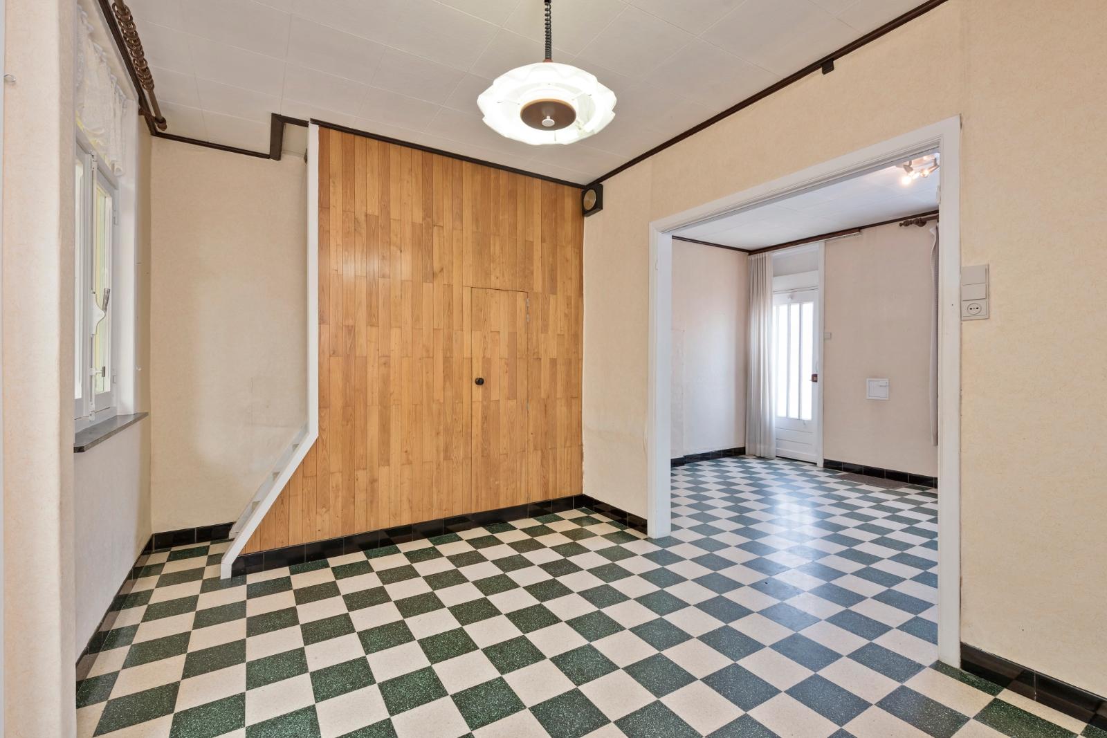 Woning met tal van mogelijkheden in centrum van Brielen - 4