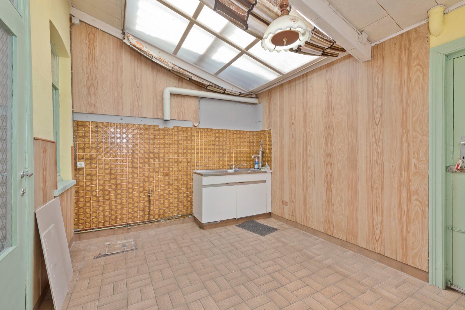 Woning met tal van mogelijkheden in centrum van Brielen - 6