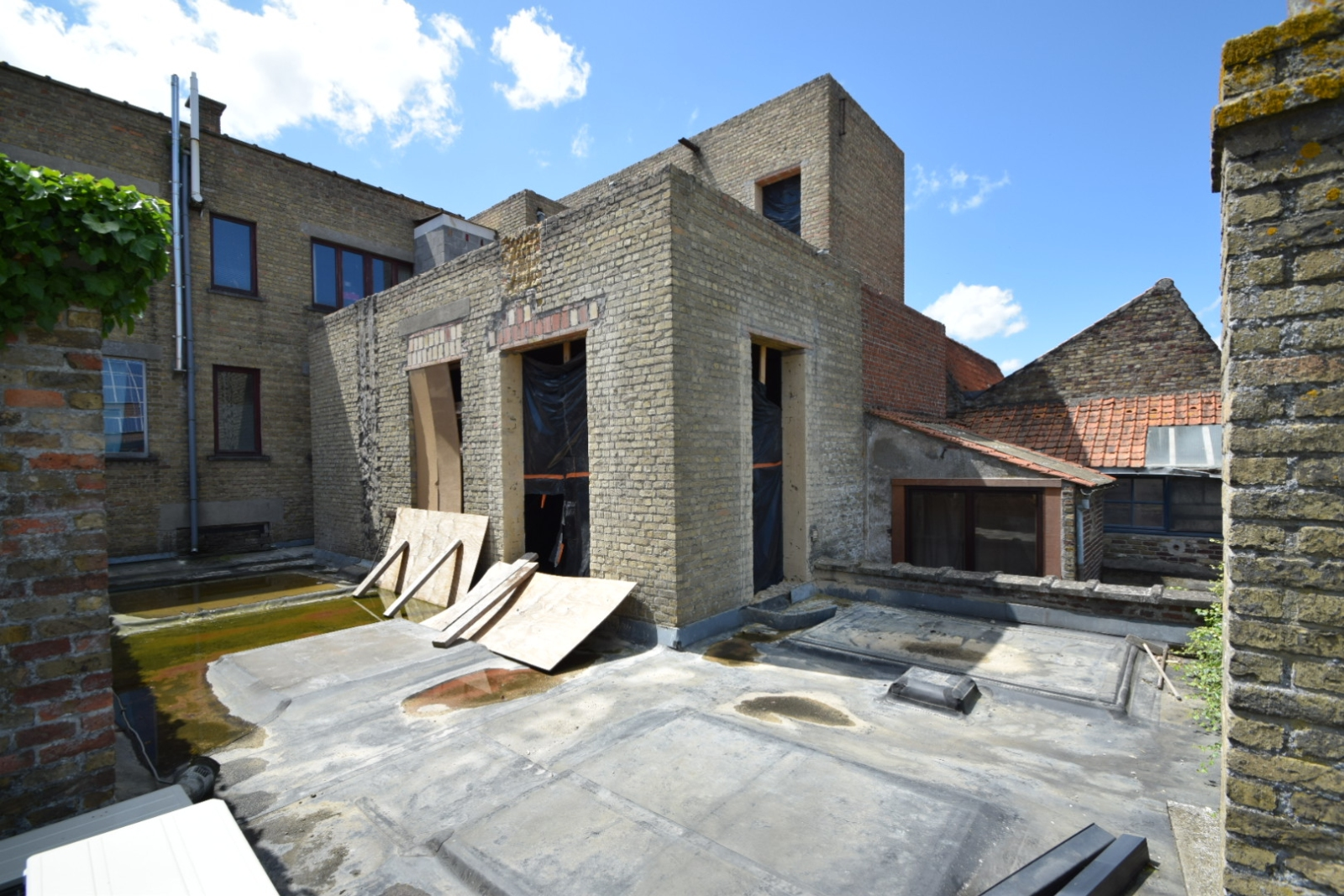 Verder af te werken penthouse (112m²) in centrum Diksmuide - 9