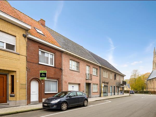 Instapklare woning in centrum Elverdinge