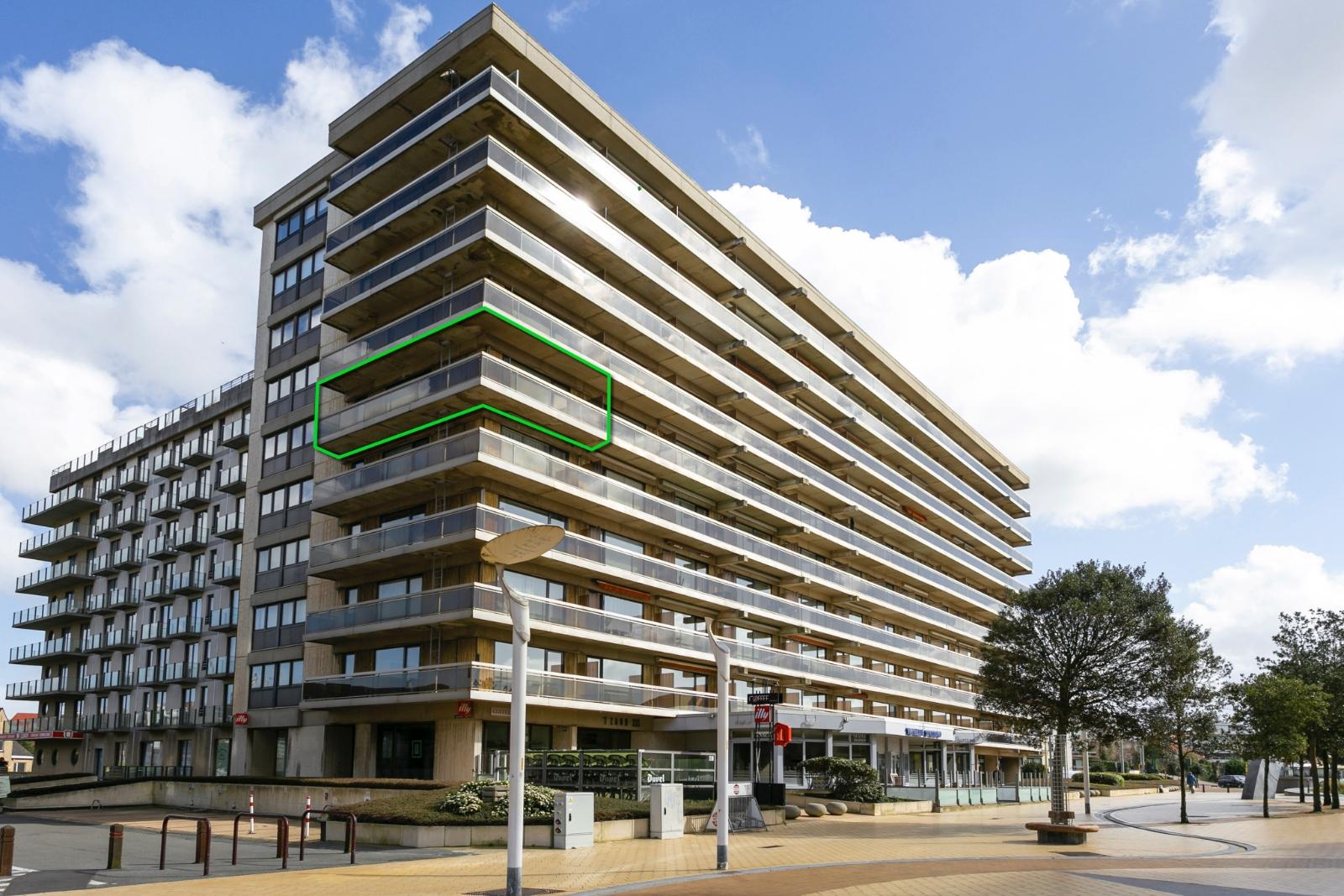 Ruim appartement met zicht op de Leopold I Esplanade.