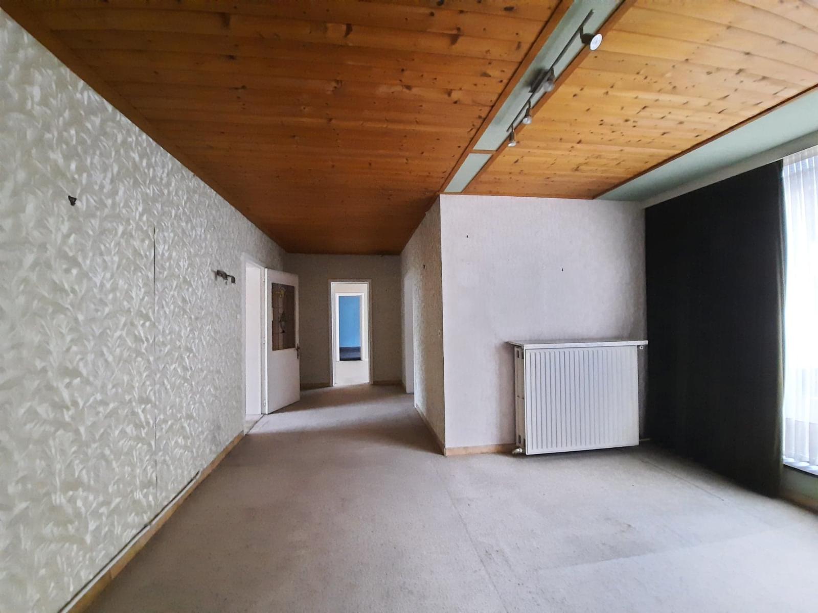 Centraal gelegen, te renoveren woning met mogelijkheid tot tweewoonst - 17