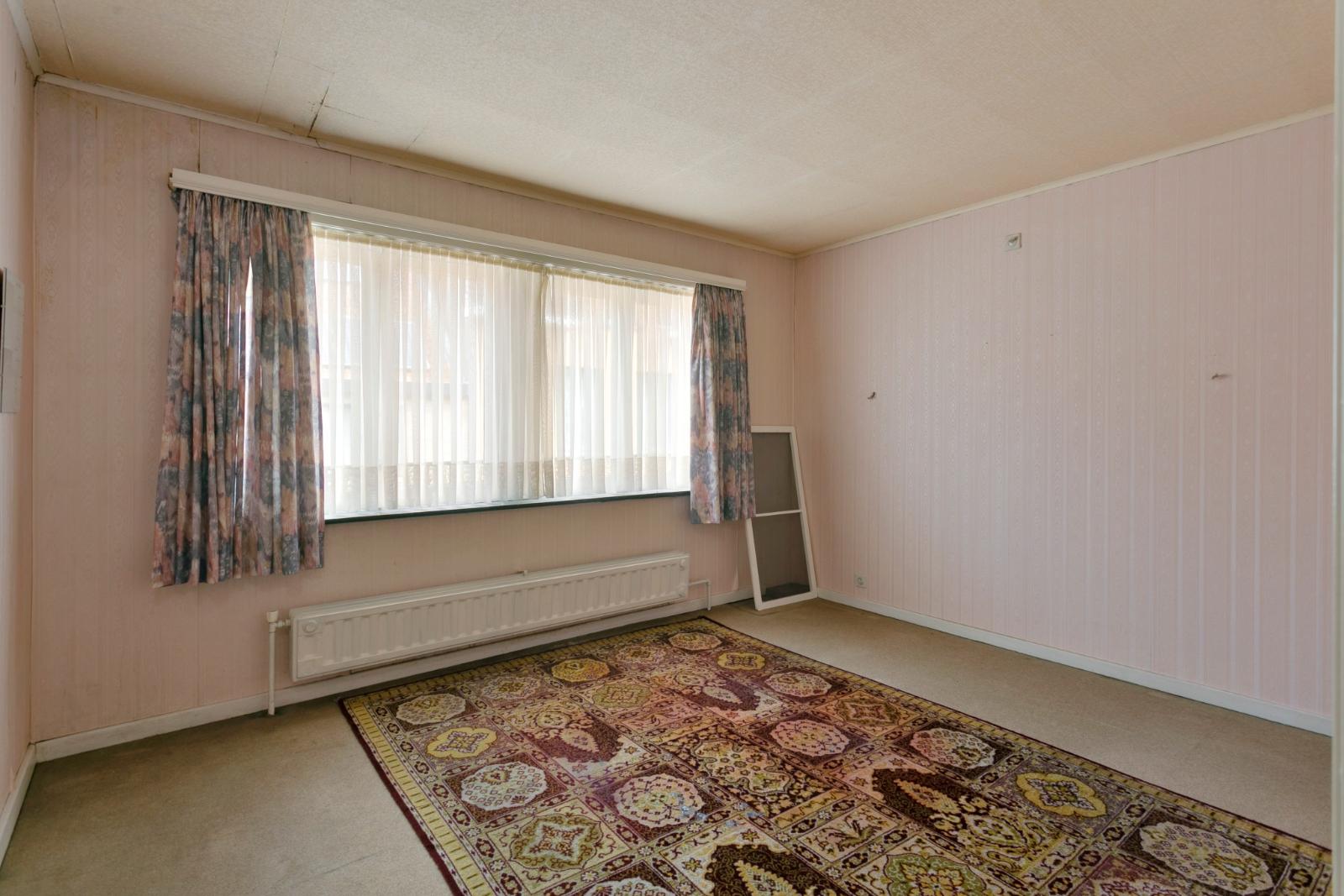 Centraal gelegen, te renoveren woning met mogelijkheid tot tweewoonst - 13