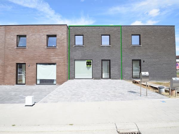 Nieuwbouw BEN woning met afgesloten tuin/koer.