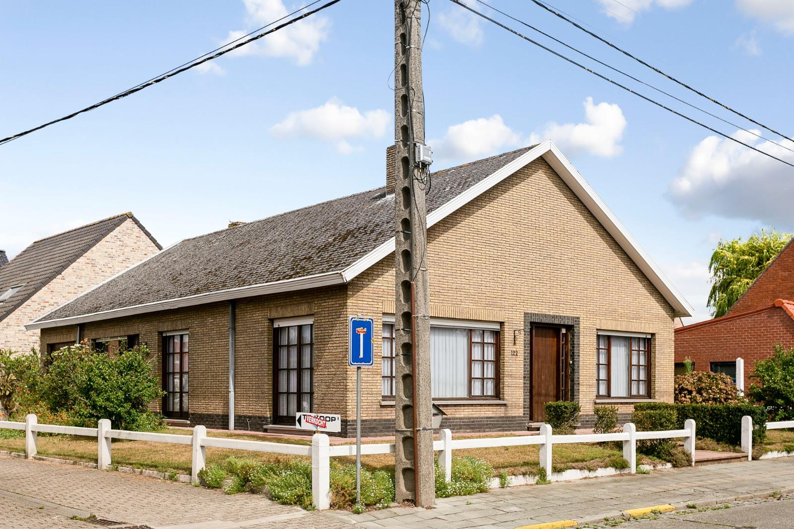 Vrijstaande, gelijkvloerse woning met garage en 3 slaapkamers te Koekelare - 3
