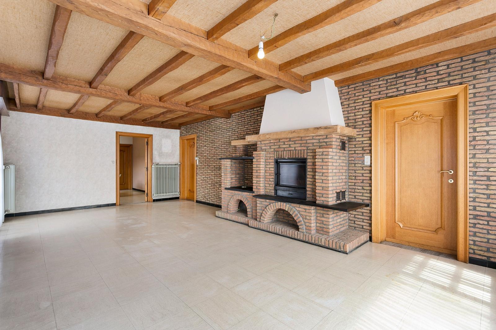 Vrijstaande, gelijkvloerse woning met garage en 3 slaapkamers te Koekelare - 6