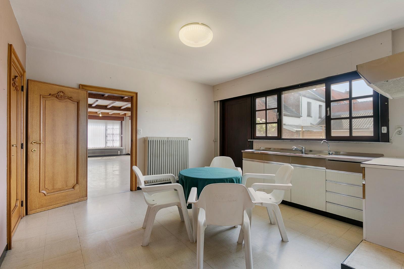 Vrijstaande, gelijkvloerse woning met garage en 3 slaapkamers te Koekelare - 7