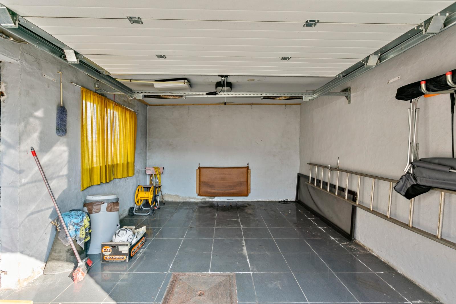 Charmante, halfopen bebouwing met tuin en garage - 19