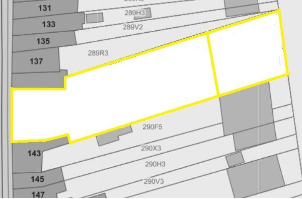 Bouwgrond van 1550 m² met ontwikkelingsmogelijkheden