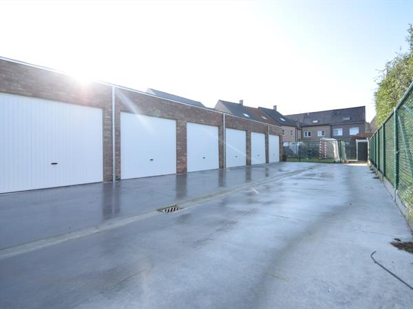Nieuwe garage in centrum Keiem