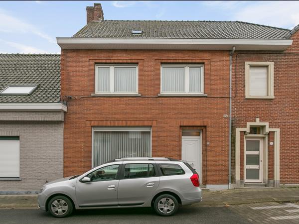 Woning met 3 slaapkamers en garage, gelegen te Egem (Pittem)