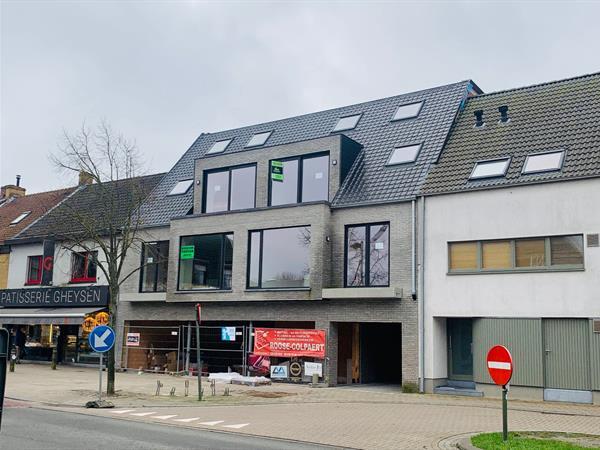 Nieuw, duplex appartement in harte Oostduinkerke.
