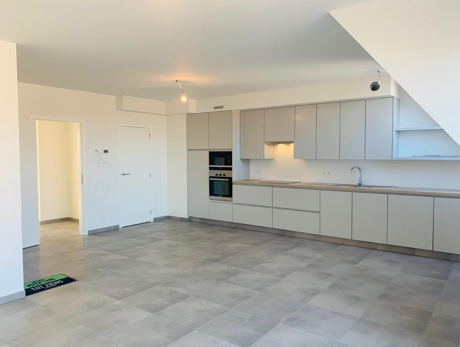 Nieuw, duplex appartement in harte Oostduinkerke. - 2