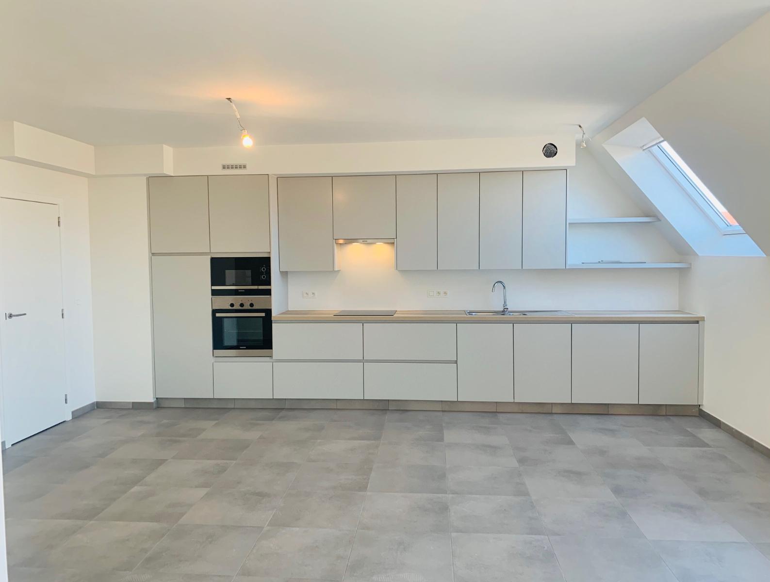 Nieuw, duplex appartement in harte Oostduinkerke. - 3
