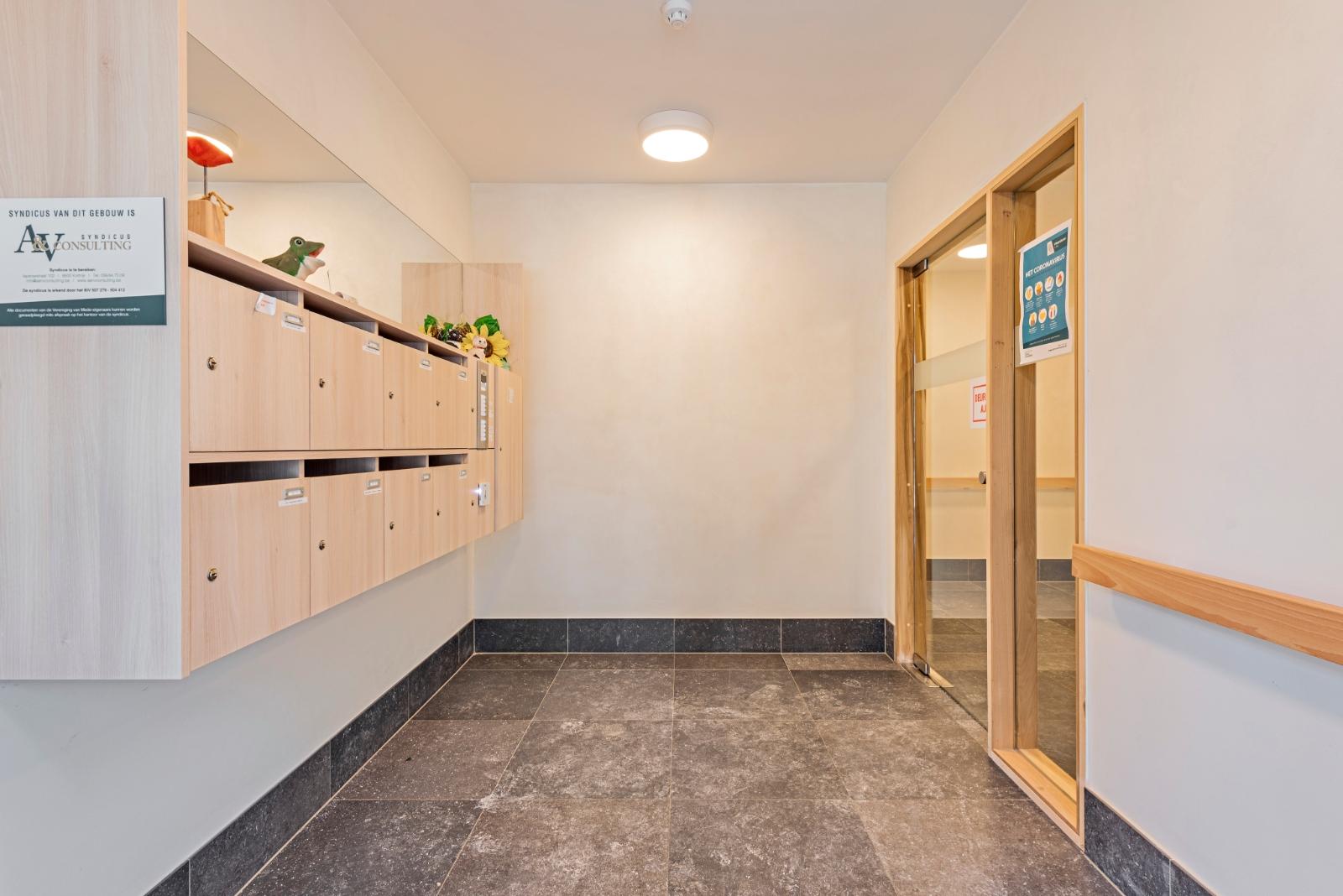 Laatste appartement / assistentieflat te Vlamertinge te koop - 4