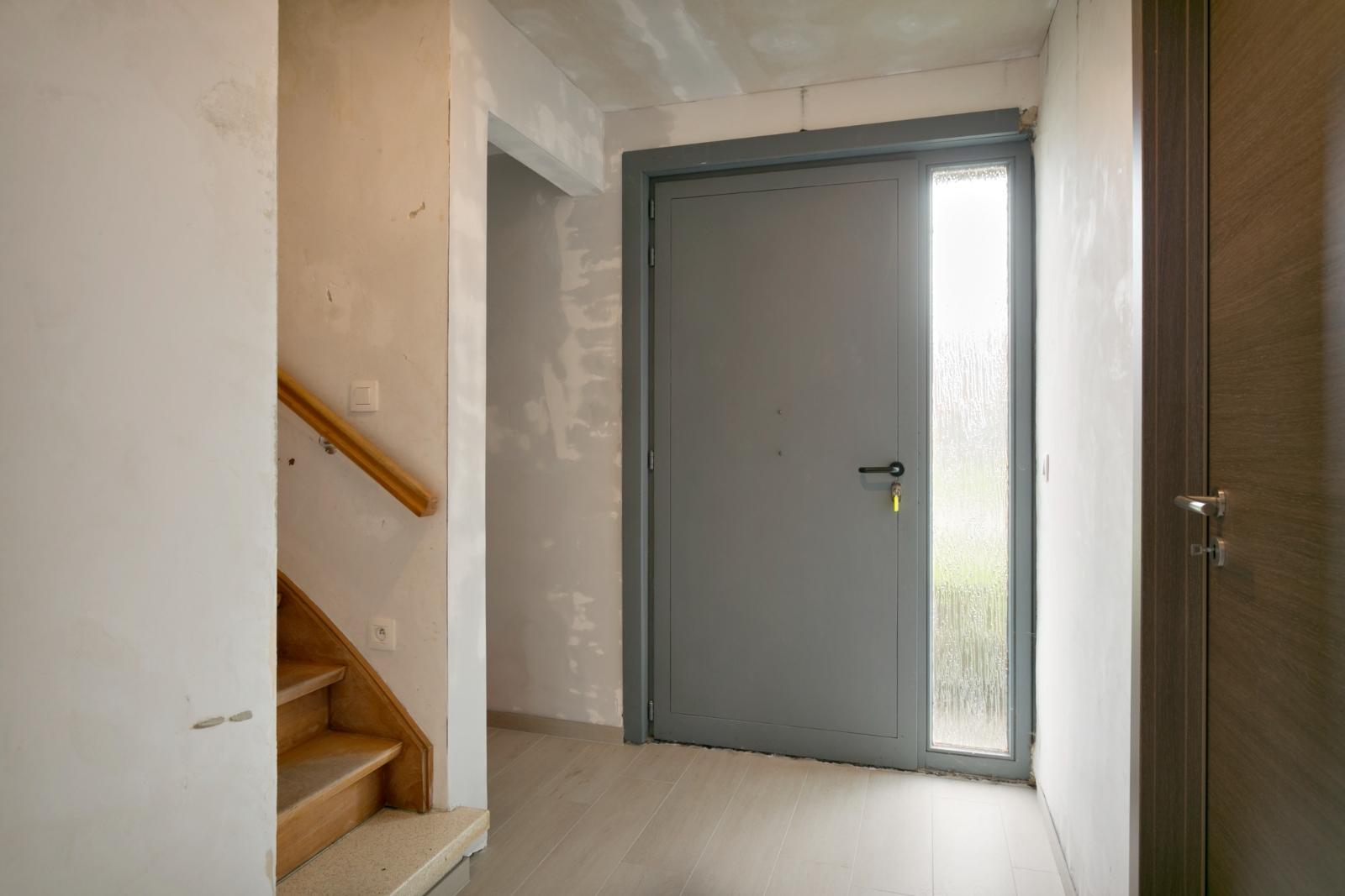 Halfopen woning met 3 slpk, gelegen op perceel van 1.165 m2 - 8