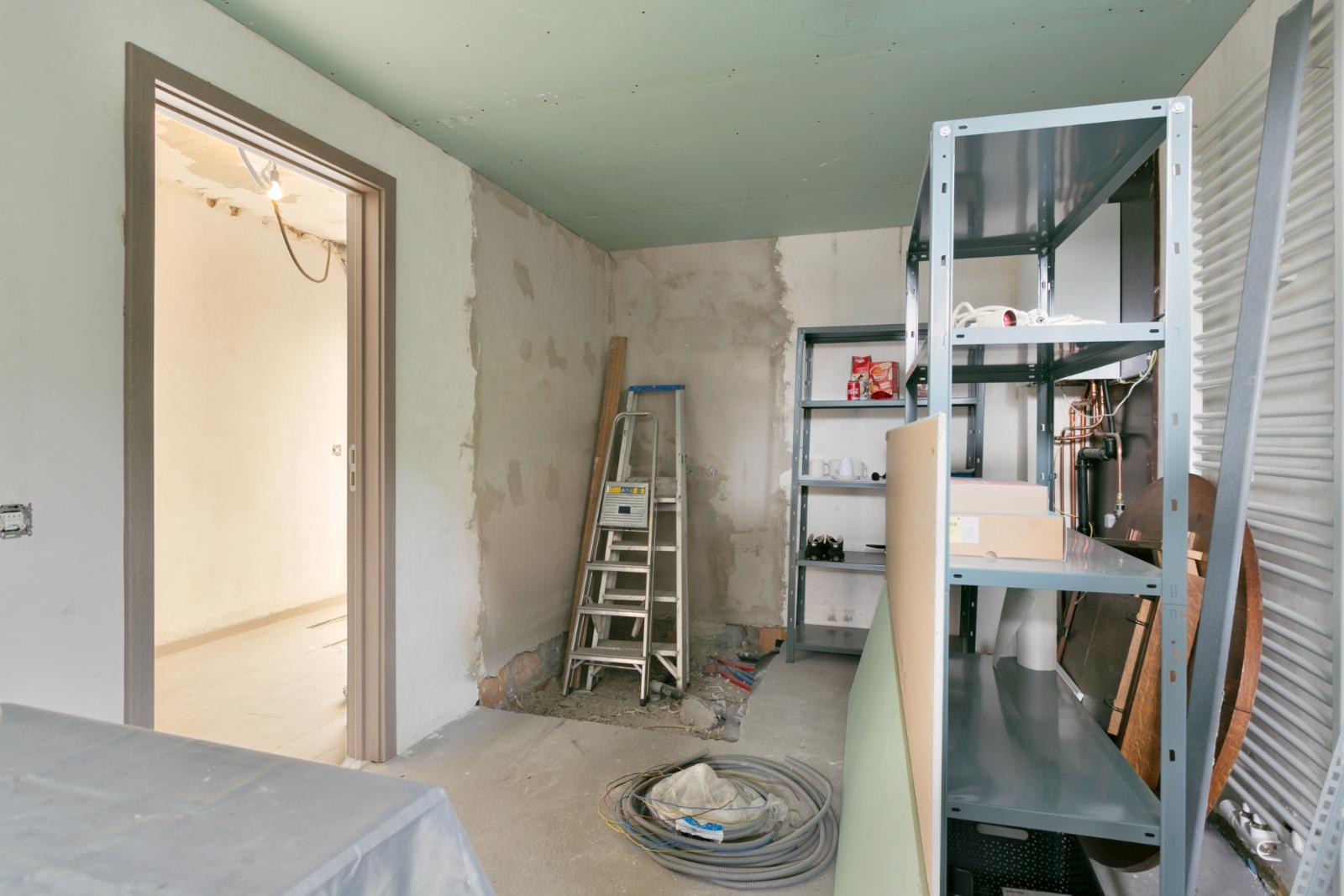 Halfopen woning met 3 slpk, gelegen op perceel van 1.165 m2 - 15